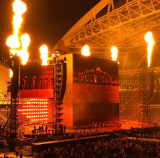 Beyoncé lights up Century Link during her Formation Tour (taken on iPhone)